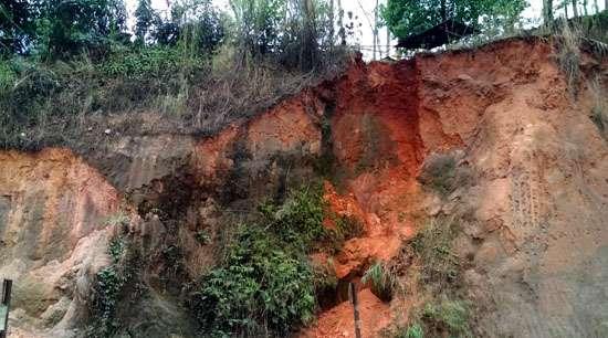 Landslide fear haunts villagers at Jorabat