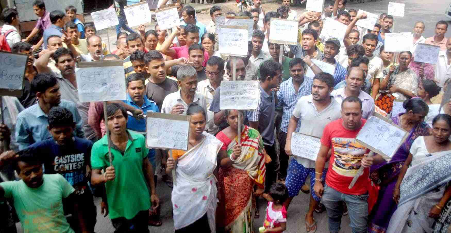 Fancy Bazar vendors protests against the administration