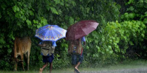 Torrential rains  hit Manipur
