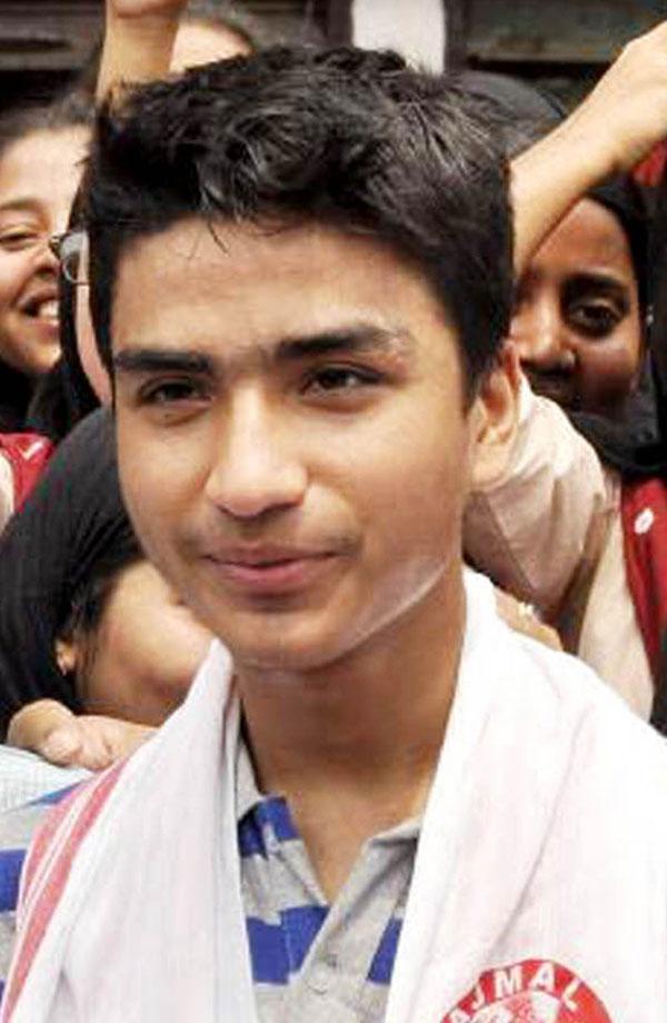 Hojai boy Amar Thappa tops Science