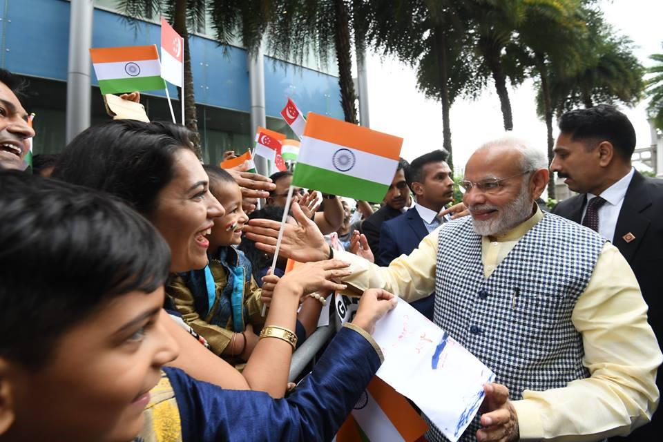 Modi arrives in Singapore