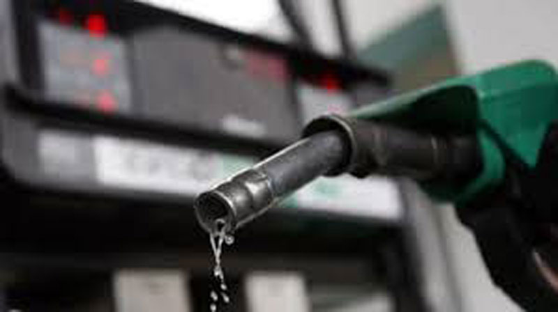 Petrol prices rise, cross Rs 78 mark in Delhi