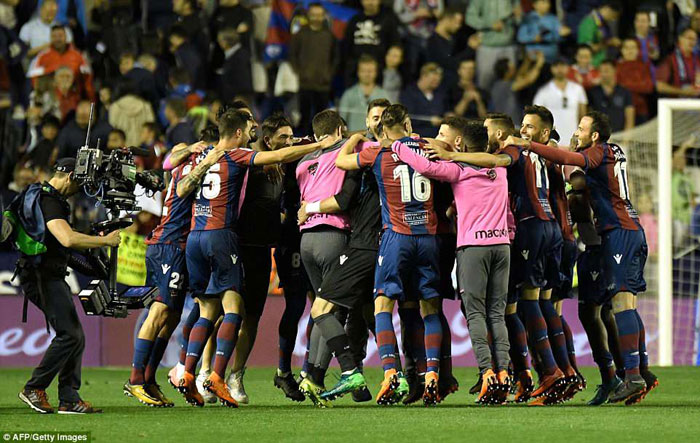 Levante end Barcelona's hopes of 'perfect' unbeaten La Liga season
