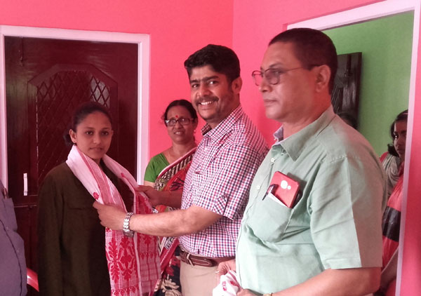 Pallavi of Mangaldai gets 10th position in Commerce stream