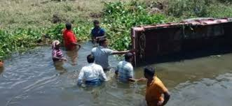 15 killed as tractor falls in canal