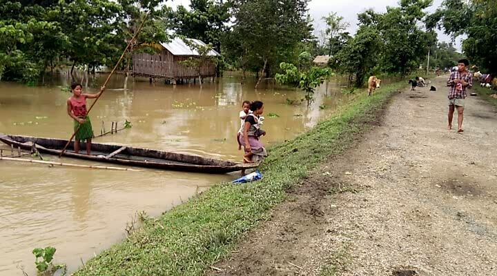 Flood situation grim in Jorhat, relief items distributed