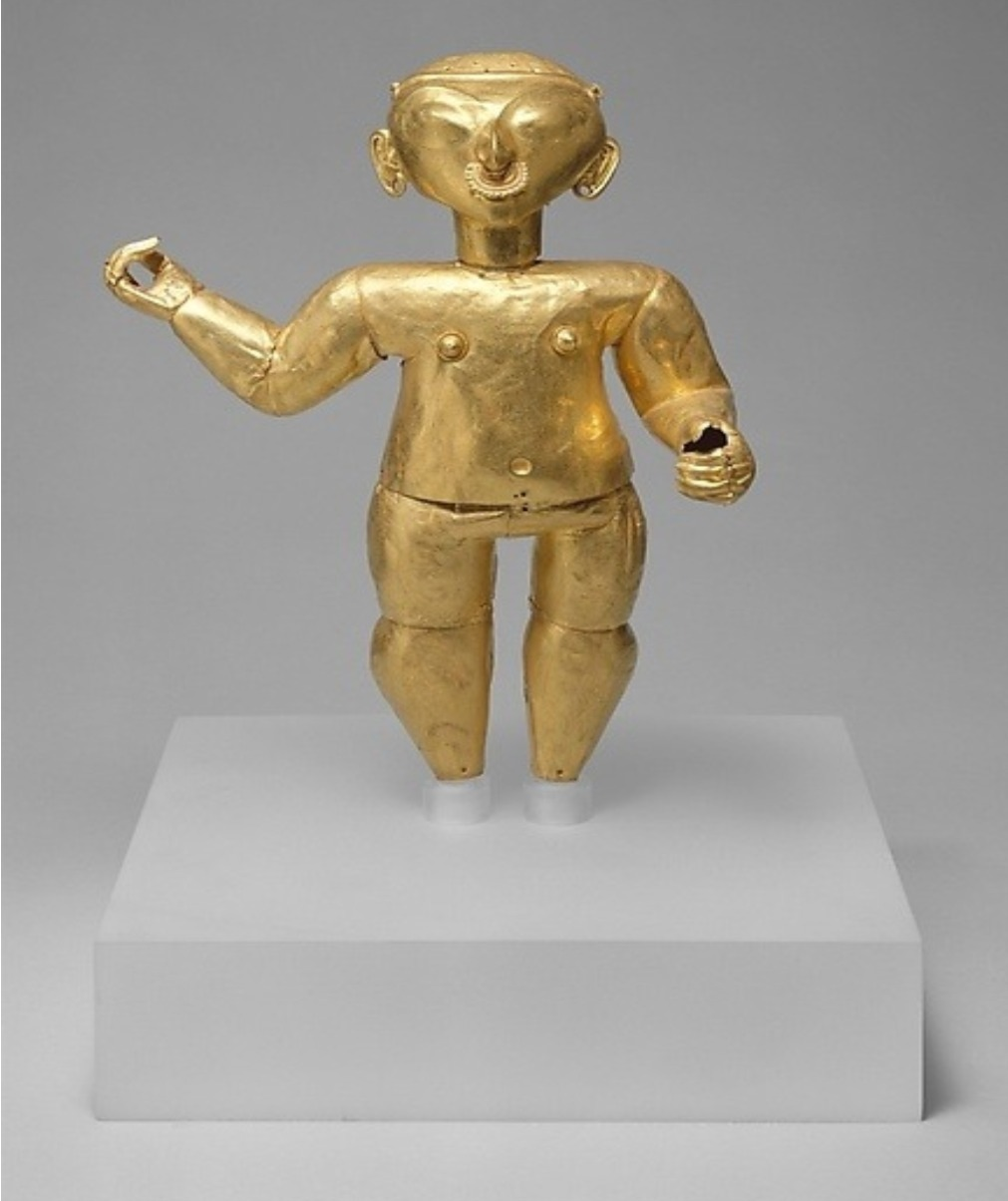 One held for selling fake gold statue