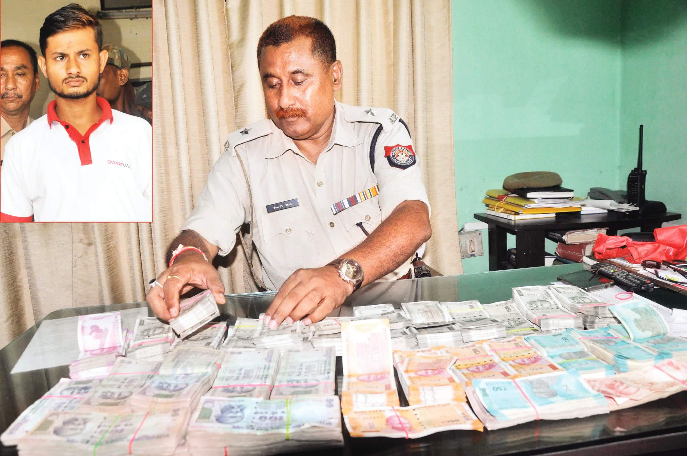Private firm employee  arrested, cash recovered