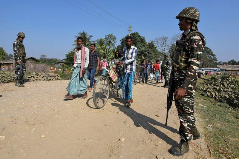 Border Police helpless, foreigners keep fleeing