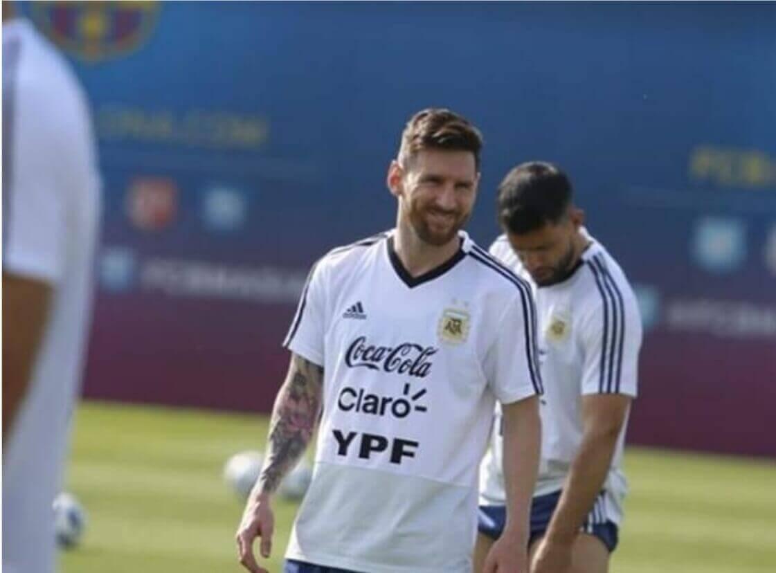 Messi fans flock  to Argentine  open practice