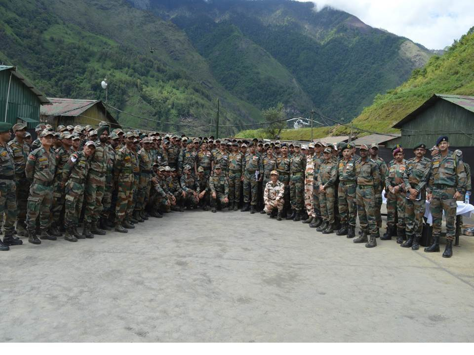 Army chief visits border areas of Spear Corps