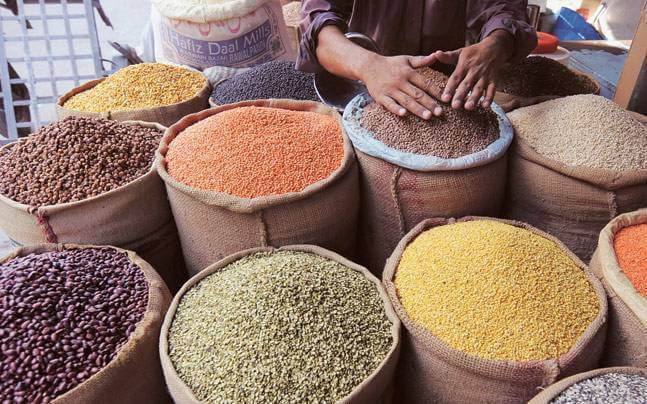 DM takes stock of essential commodities