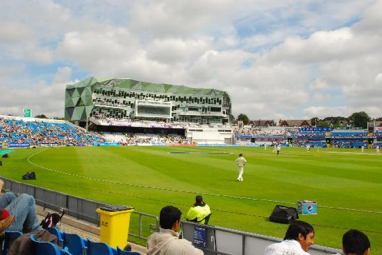 Uncapped Curran called in as England look to draw series