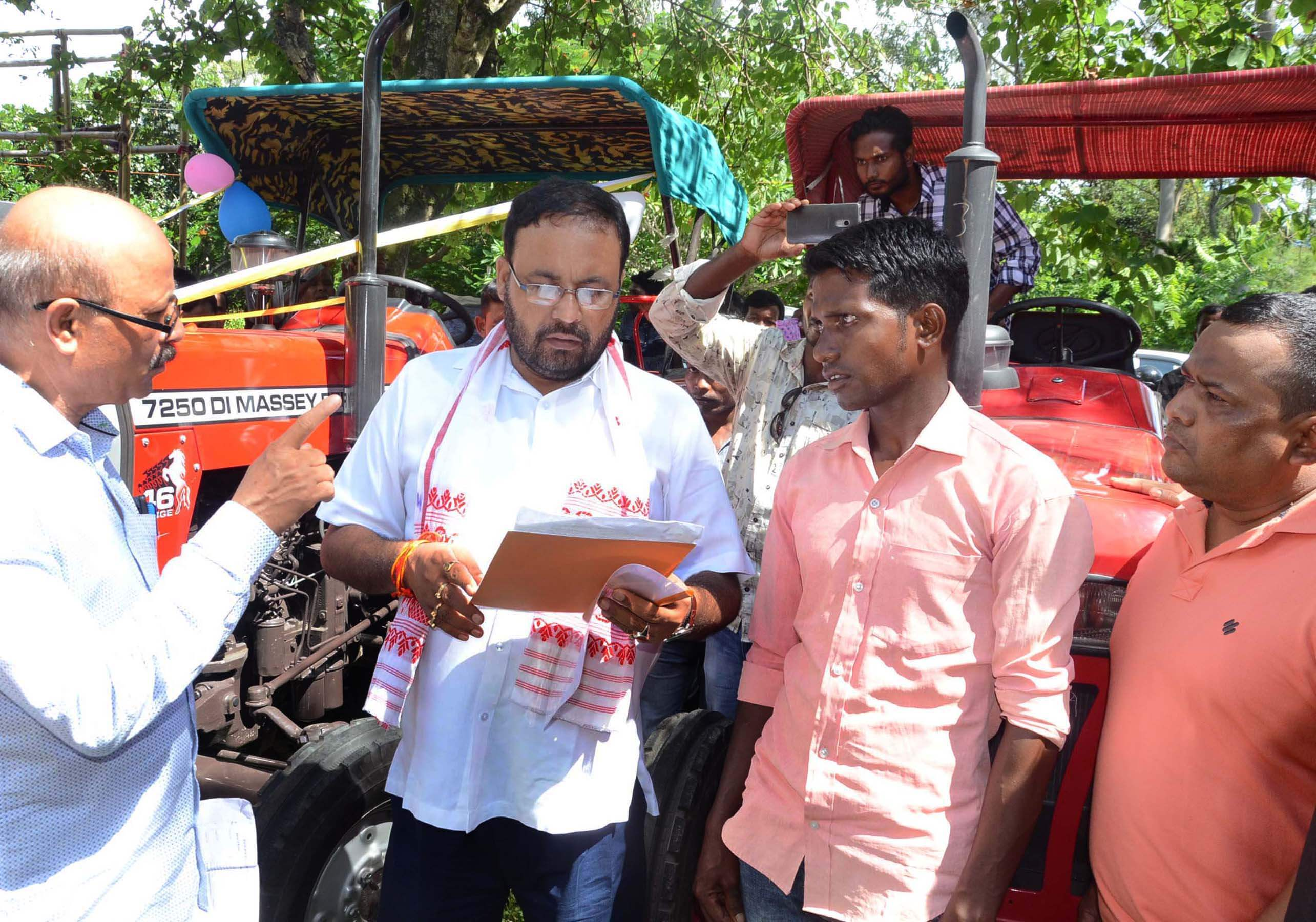 Tractors distributed under CMSGUY in Sonitpur district