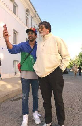 Amitabh Bachchan & Ranbir having fun in NYC