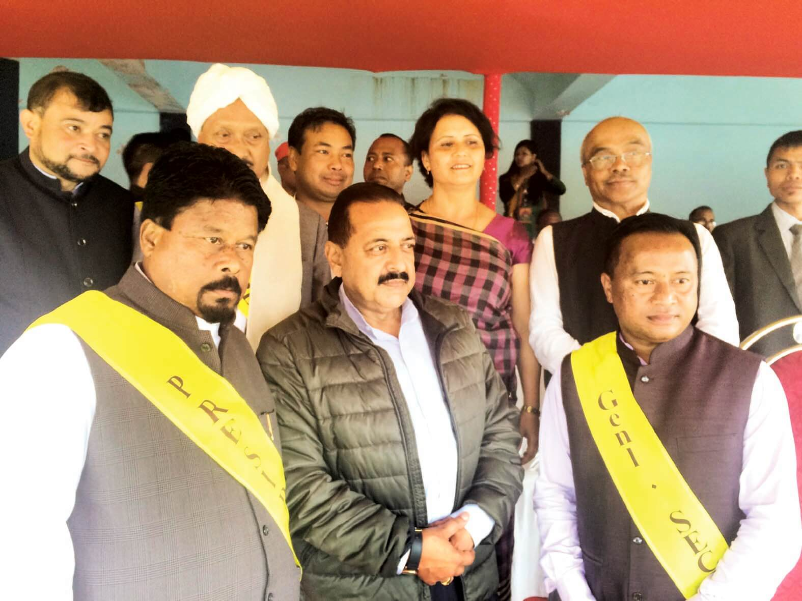 DoNER Minister attends Behdienkhlam fest