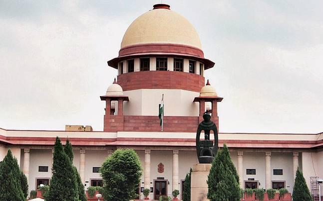 Hoisting of green flag comes under Supreme Court scanner
