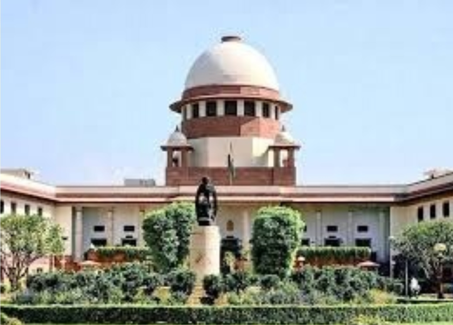 Whether it's AAP or Centre: SC Favoured Democracy