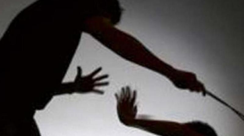 Senior staff of Mukesh Hyundai workshop assaulted
