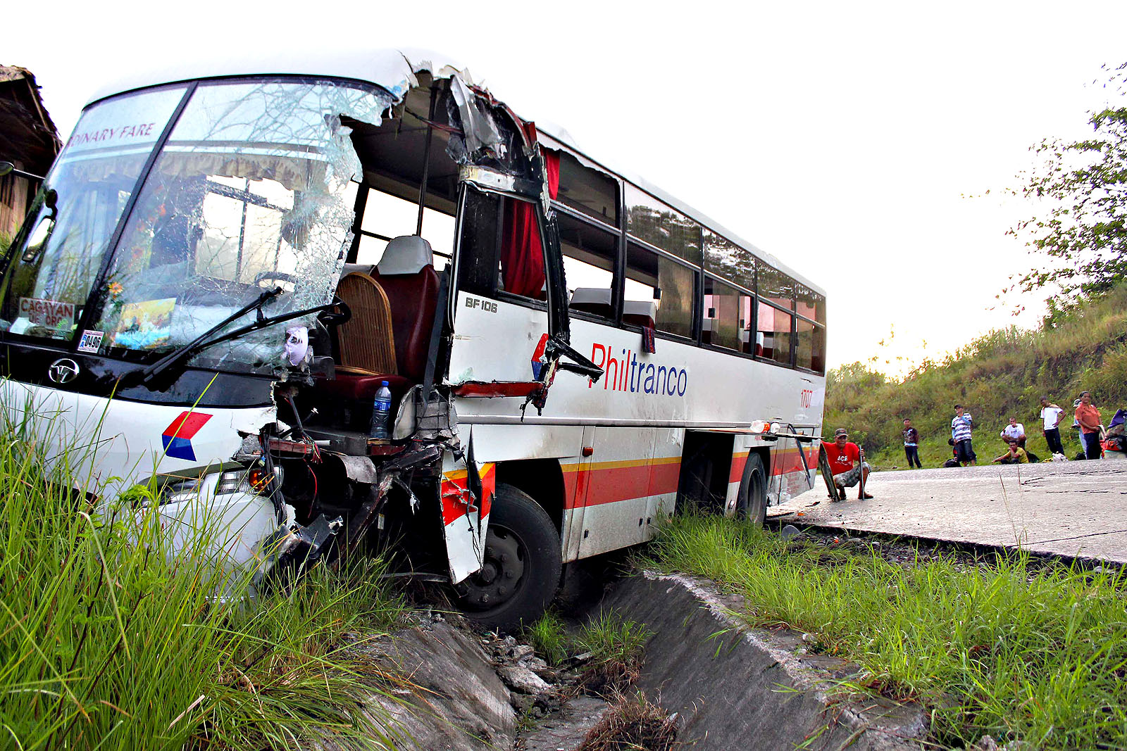 14 killed, 17 injured as bus falls into gorge