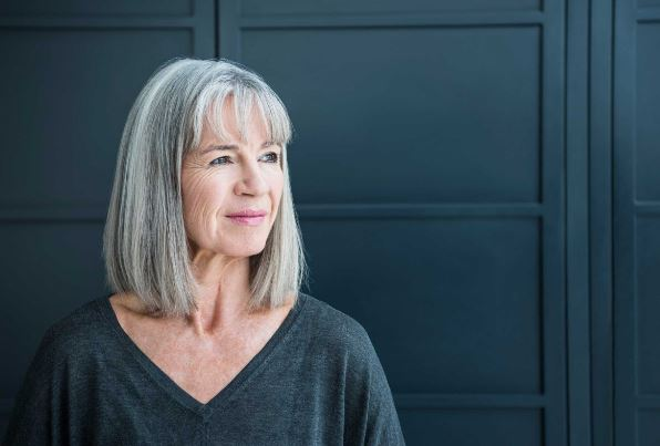 8 Things That You Do not Know About The Growth of Gray Hair