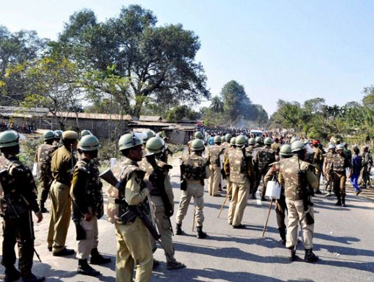 Students injured in police crackdown in Manipur