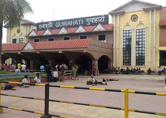 Theft incidents in trains on the rise in Guwahati Railway station