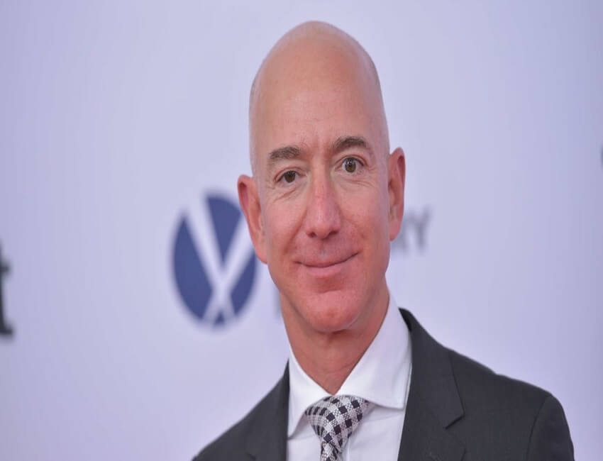 "Jeff Bezos says All Successful People Should Be ""Waking Up Every Morning Terrified"""
