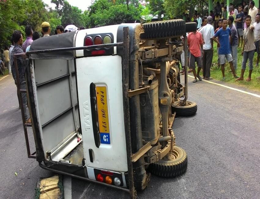 Three injured in two separate road mishaps in Shillong