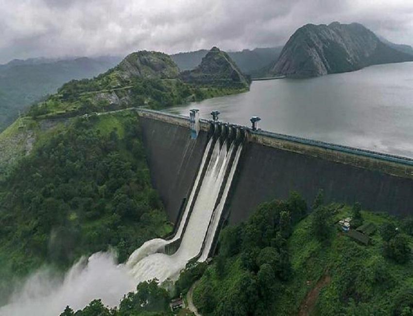 Congress wants probe into opening of dam shutters In Kerala