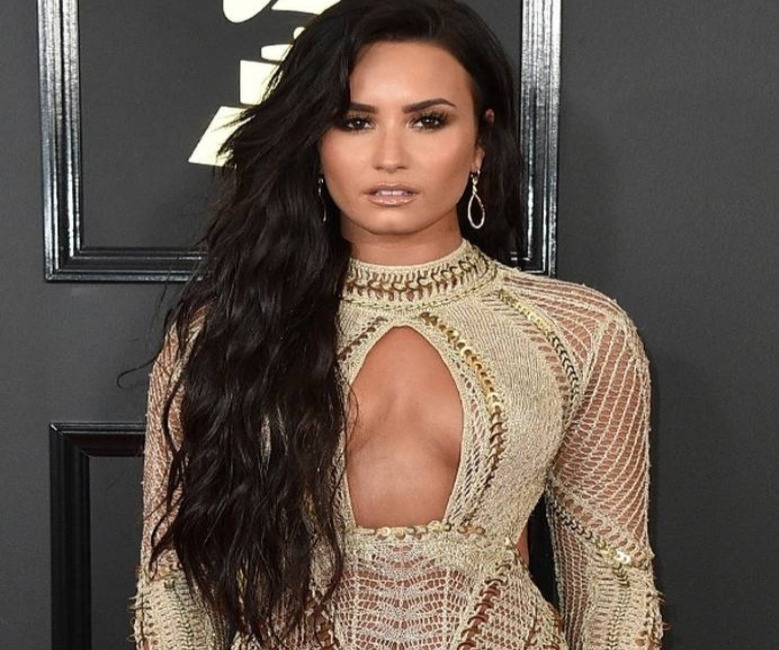 Demi Lovato Addresses Fans for First Time with Thank you Message after Drug Overdose