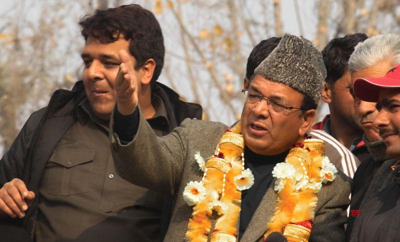 J&K: Militants Attack Senior National Conference leader Abdul Rahim Rathers Home