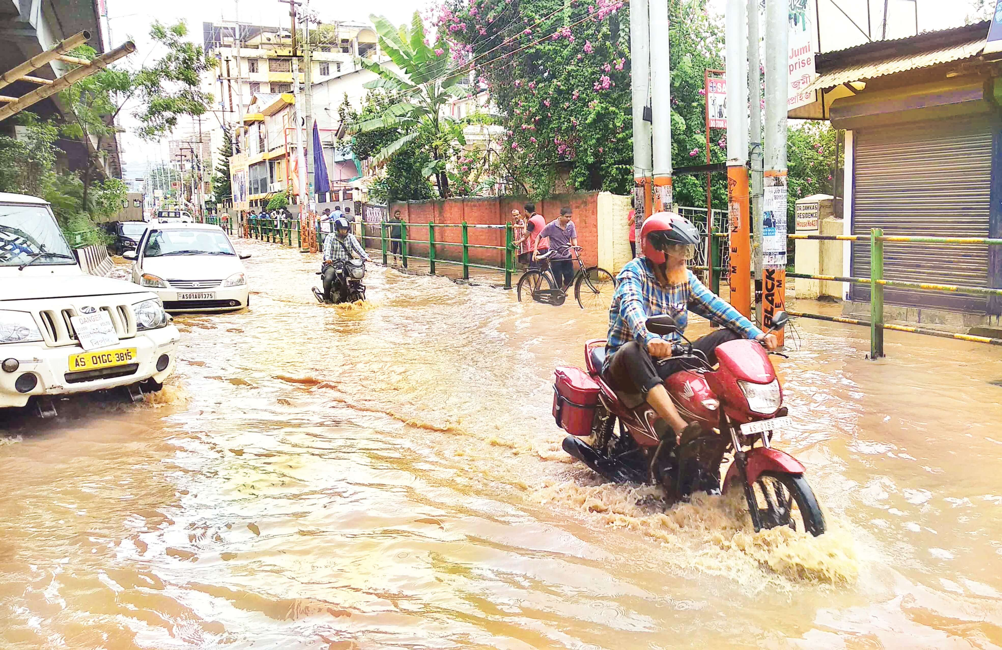 Guwahati plunges into chaos as Flash floods continue to haunt city