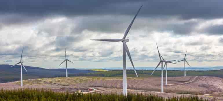 Iran Inaugurates its Largest Wind Farm