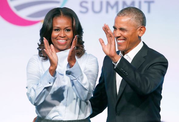 Barack and Michelle Obama filmed dancing at Beyonce and JAY-Zs concert