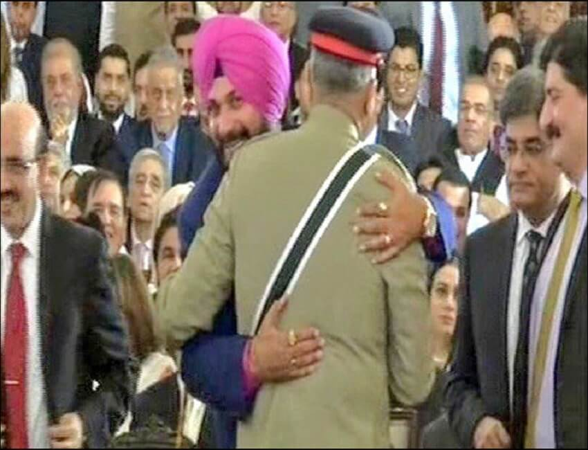Row over Sidhu's Pakistan visit doesn't subside, Imran Khan defends him