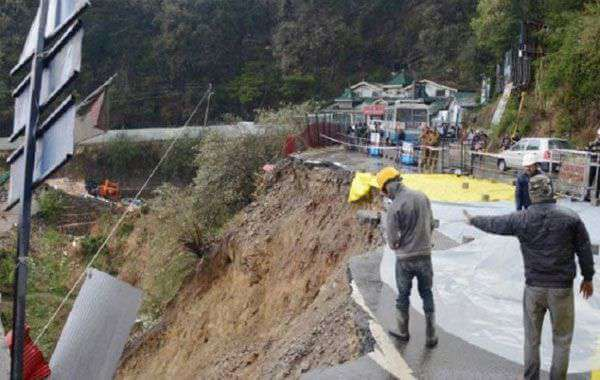 63 Airlifted, Over 300 Rescued By Road in Himachal on Day 3