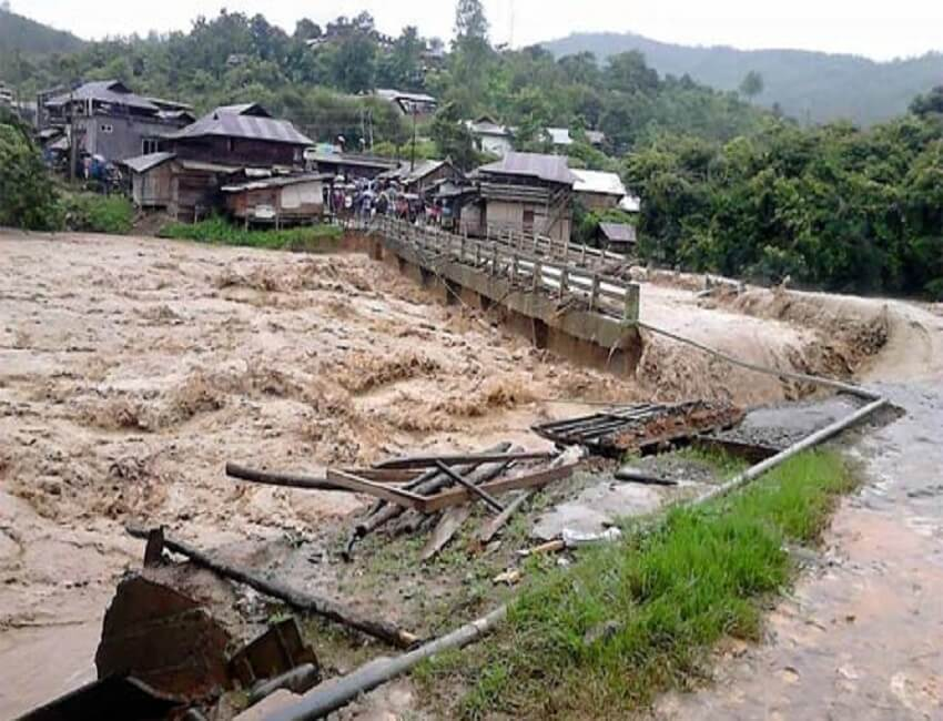 MP Ering announces Rs 5 lakh for erosion-hit Mebo