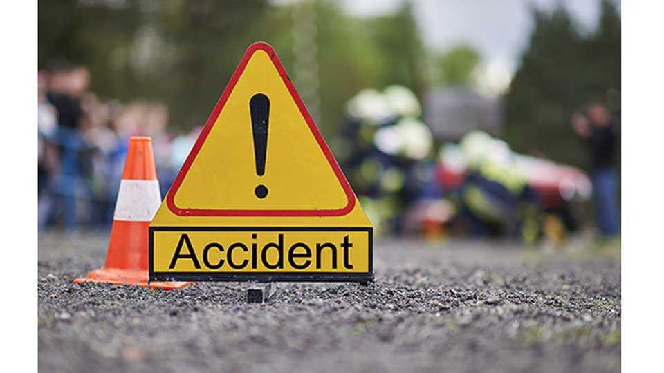 Two Killed, Six Critically Injured as Bus Collides with Tempo in Goalpara