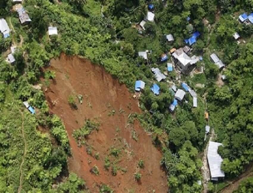 Landslide closes J&K highway, one dead