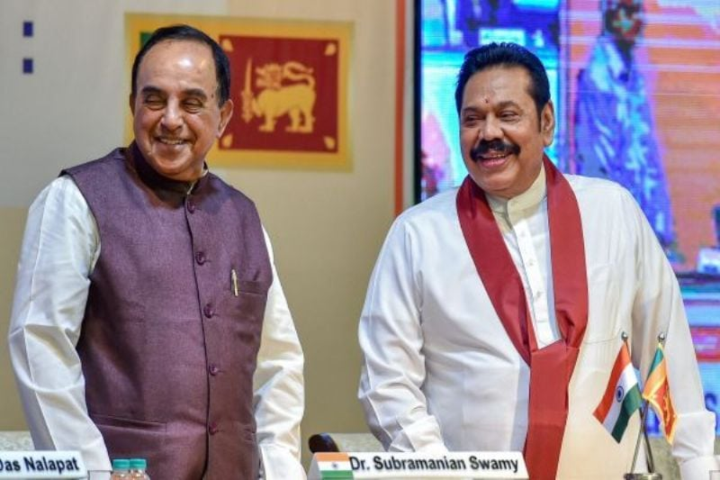 Manmohan Singh and Rahul Gandhi meet Mahinda Rajapaksa