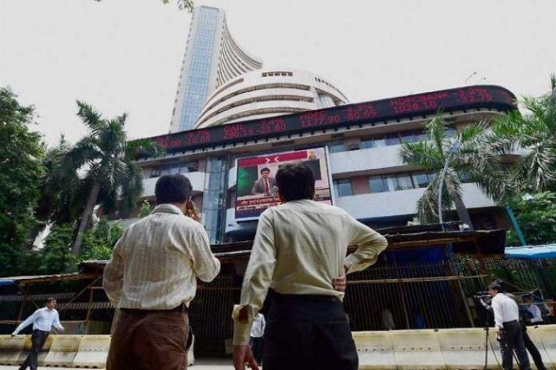 Bargain Buying Halts Equity Market's 5-Day Losing Streak, Sensex Up 350 Points