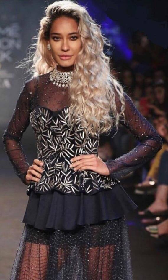 Not Sure What Quintessential Bollywood Heroine Is: Lisa Haydon