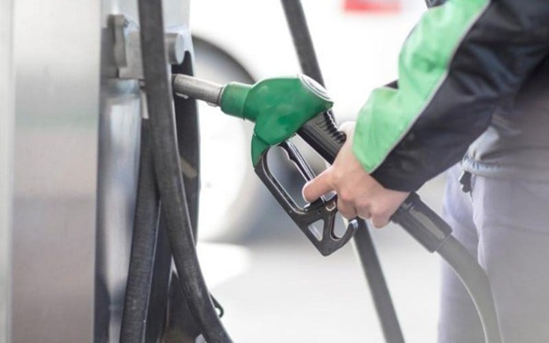 Transport Fuel Prices Continue to Fall on Global Slide