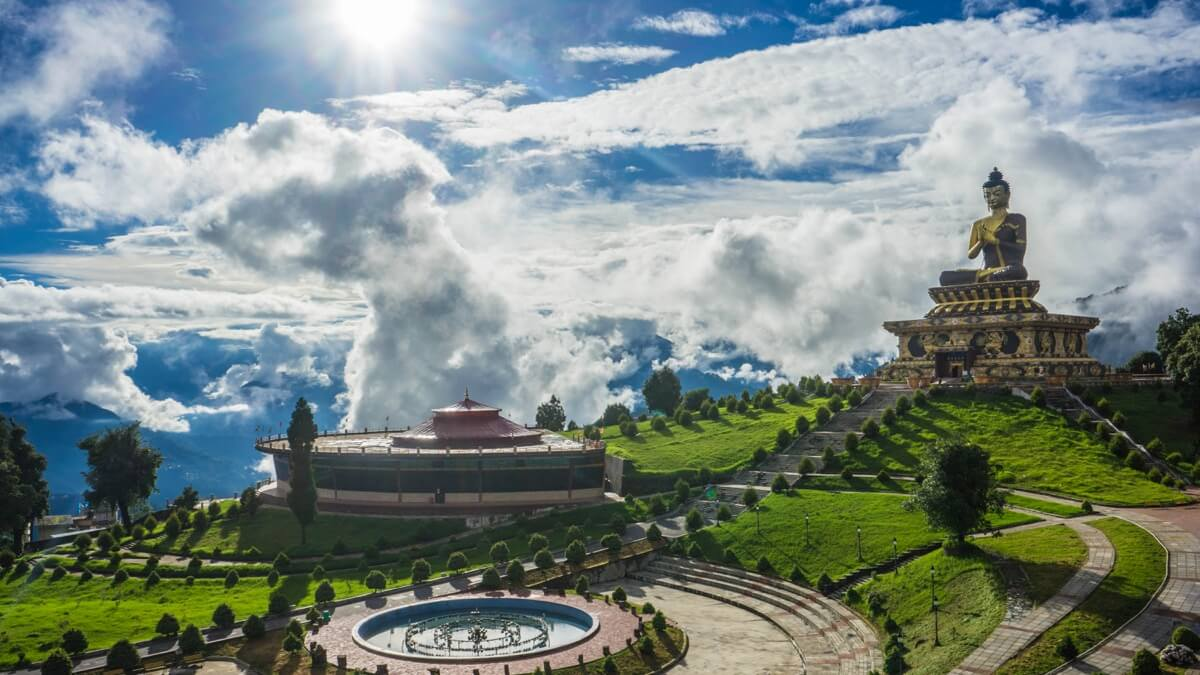 'Best State' Honour for Sikkim at the National Tourism Awards 2016-2017, New Delhi