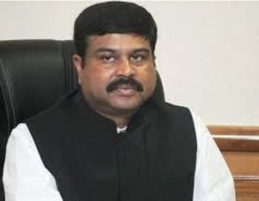 Pradhan suggests Odisha reduce tax on fuel