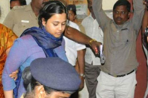 Bail for Woman who Shouted Anti-BJP Slogan on Plane