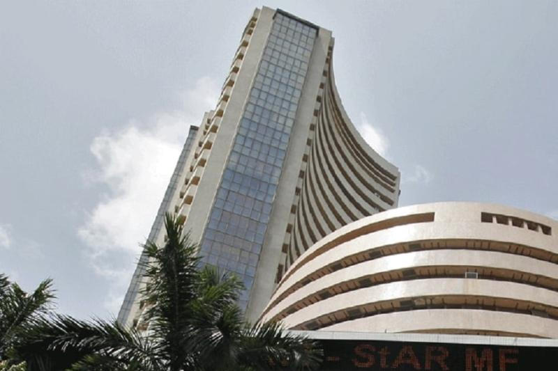 Trade Tensions, Rupee Depress Equity Indices; Banking Stocks Down