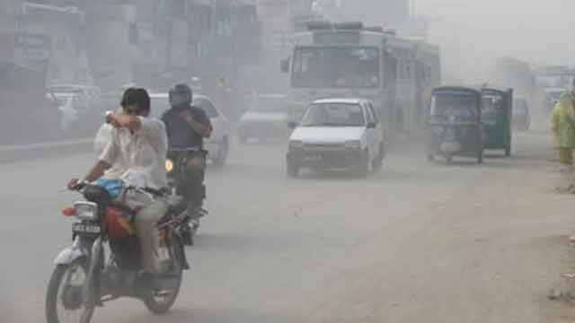 Air quality severe in Delhi, Faridabad 21 times polluted