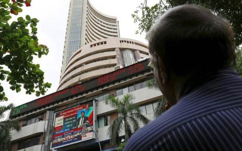 Rupee Recovery, Global Cues Assist Domestic Indices Gain